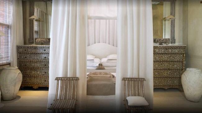 Sexiest-hotel-room--Corfu-Suite-jpg