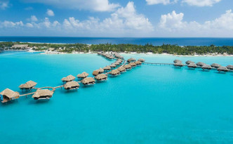 Four-Seasons-Resort-Bora-Bora-05
